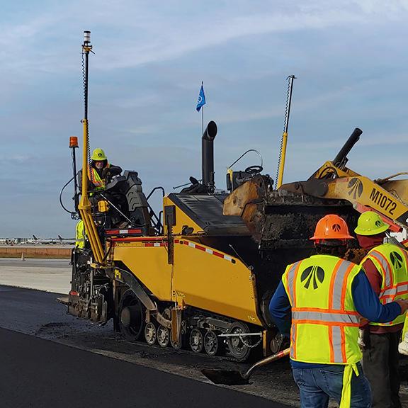 Civil - Image - Trimble Roadworks Paving Control Platform for Asphalt Pavers 3D